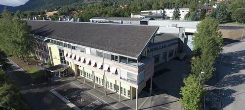 Lillehammer videregående skole, avdeling Nord - Klikk for stort bilde